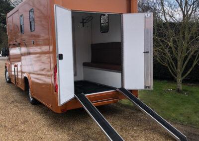 carriage-horseboxes-orange-4156-no-snow