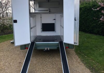 carriage-horseboxes-teal-3017